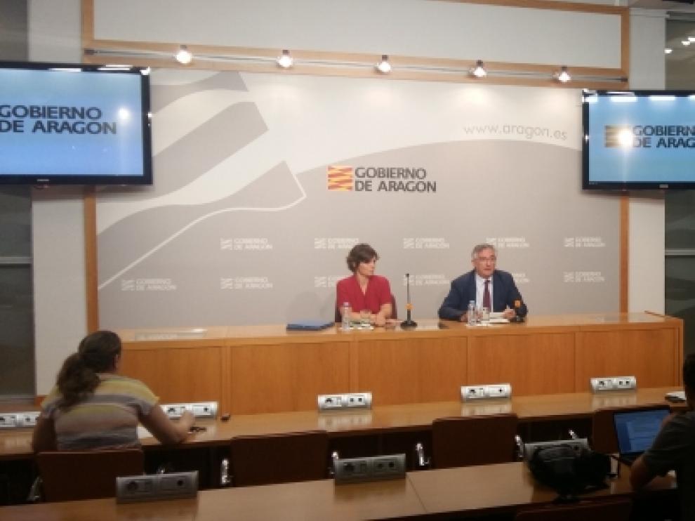 Joaquín Olona e Inés Torralba, en rueda de prensa