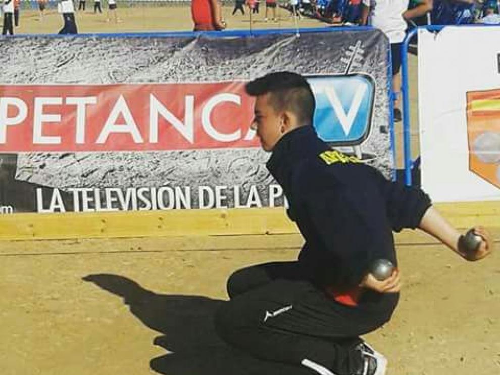 El aragonés de 15 años Jesús Escacho, que participará en el Campeonato Mundial de Petanca en China.