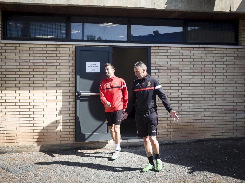Manu Lanzarote y Carreras salen de una sesión de vídeo en la Ciudad Deportiva.