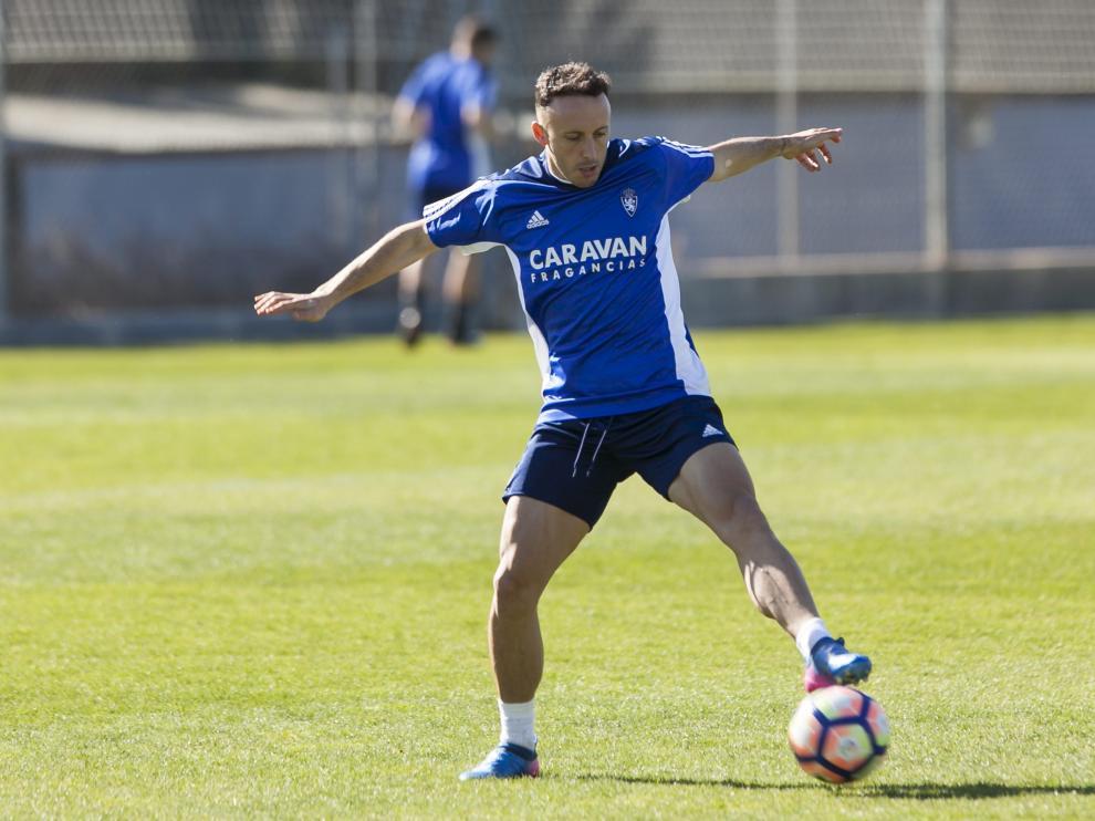 Jordi Xumetra, en un entrenamiento del Real Zaragoza.