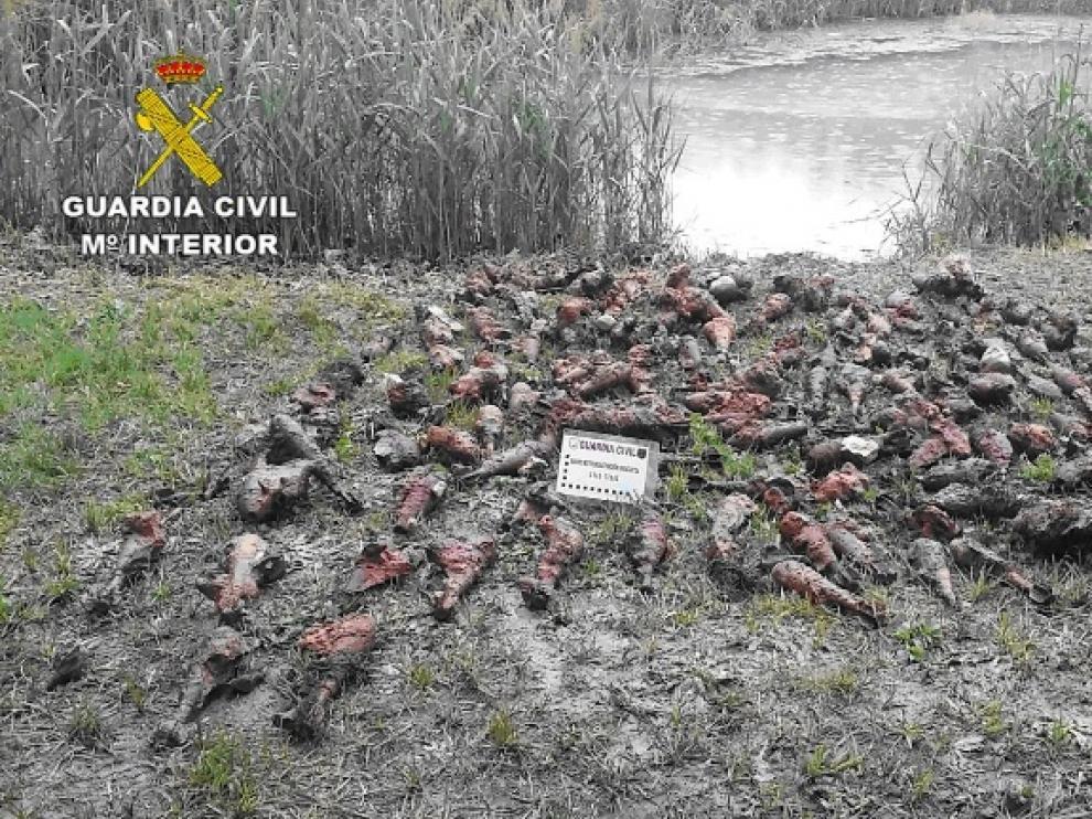 Encuentran 538 granadas de mortero de la Guerra Civil en un acuífero de Teruel