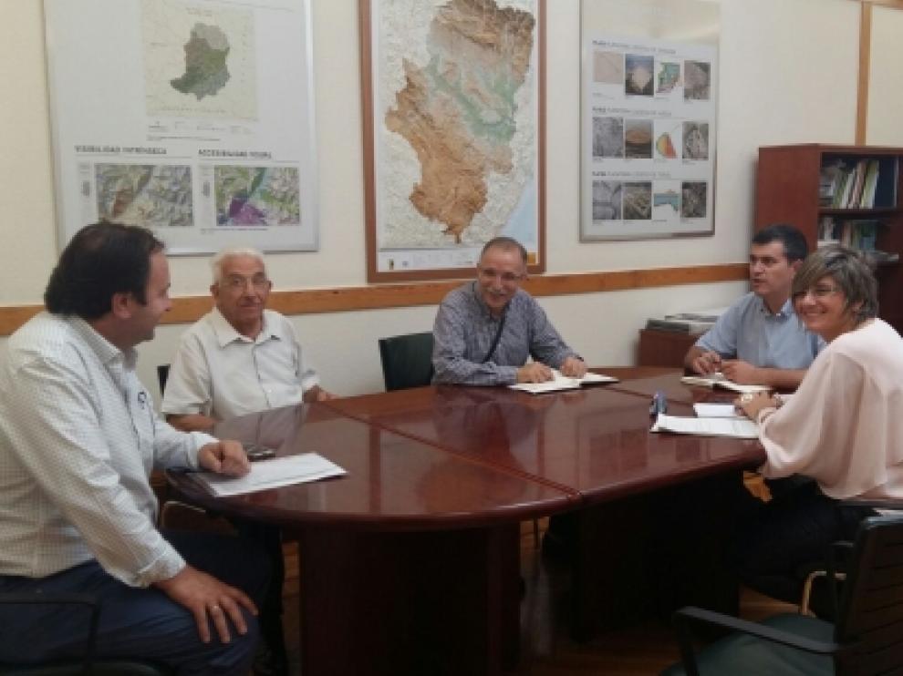 Joaquín Palacín y Mayte Andreu han mantenido un encuentro de trabajo con representantes de 'Pueblos Vivos'.