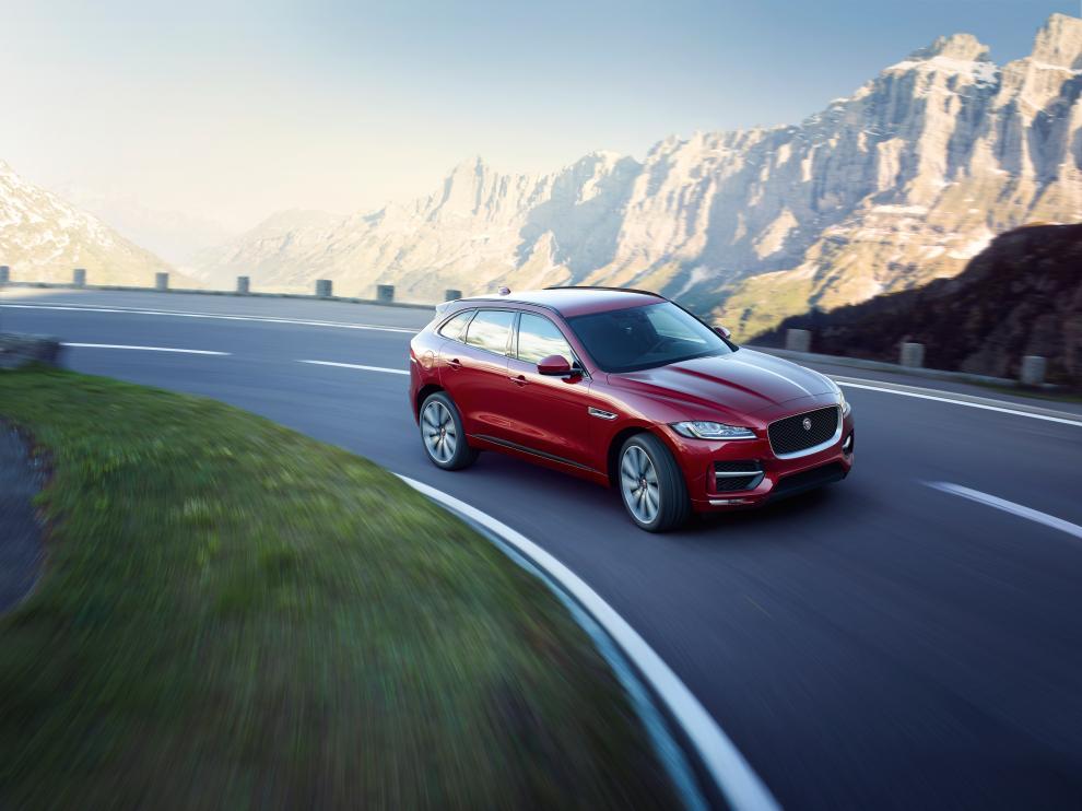 La experiencia de conducción y su espectacular diseño han hecho al Jaguar F-PACE ganador de este reconocimiento.