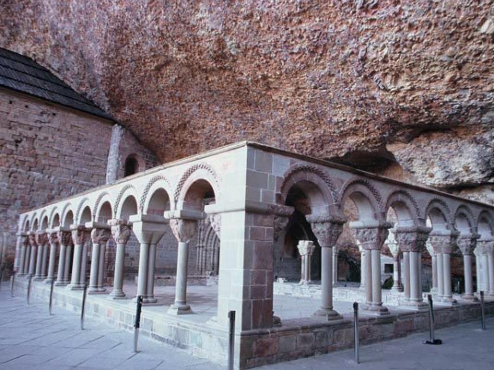 El monasterio de San Juan de la Peña es uno de los puntos que han visitado.