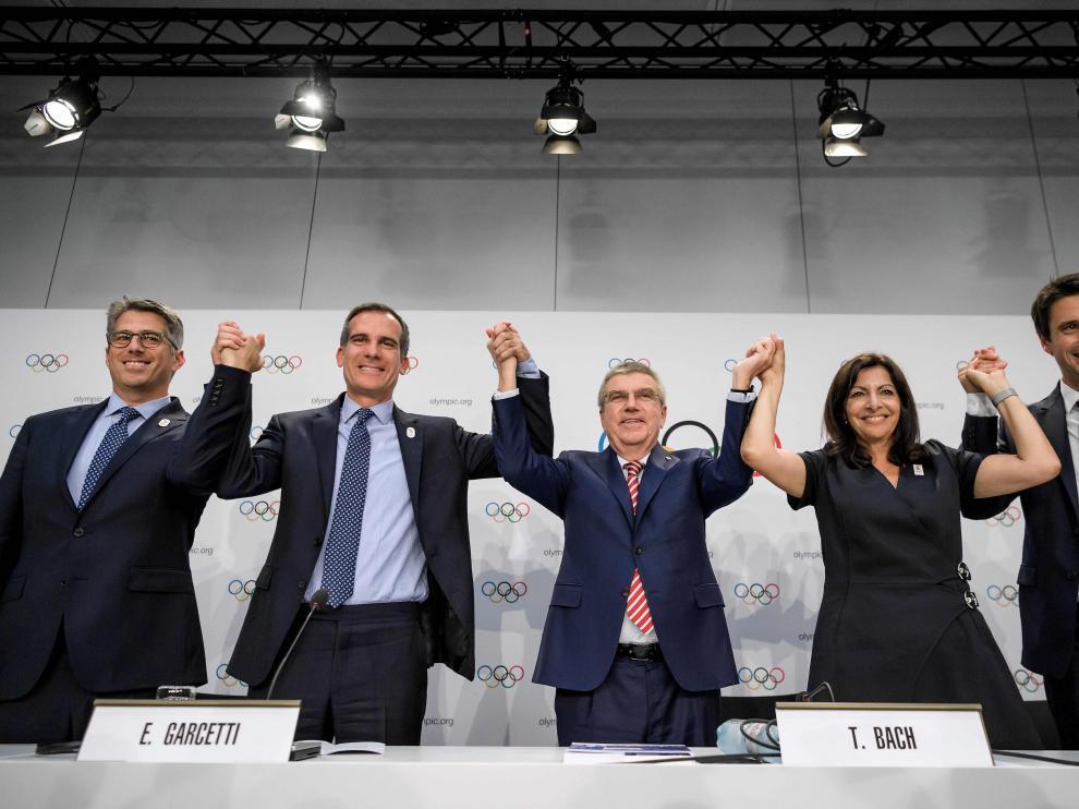 Los representantes de París y Los Ángeles celebran la decisión