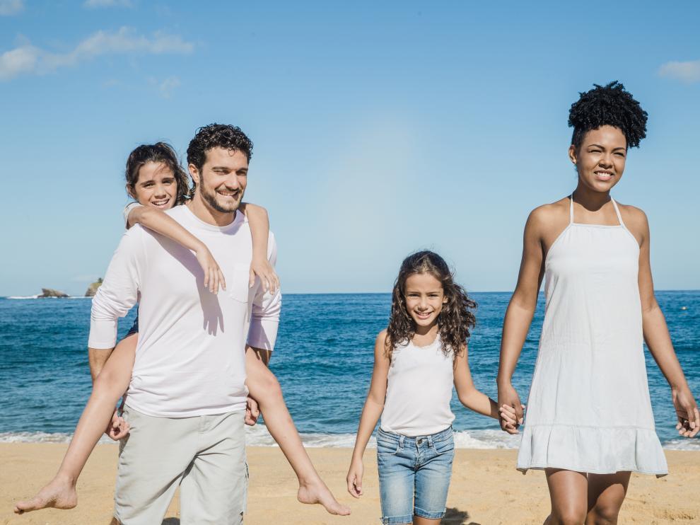 El descanso estival es muy propicio para buscar situaciones y escenarios que nos permitan apuntalar los vínculos afectivos y reforzar la convivencia familiar.