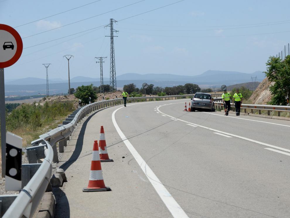 Fallece un ciclista de Cella y otro resulta herido al atropellarles un turismo en la N-420.