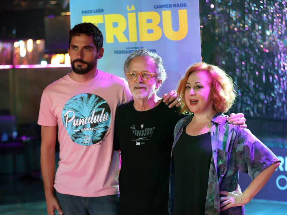 De izquierda a derecha, Paco León, Fernando Colomo y Carmen Machi
