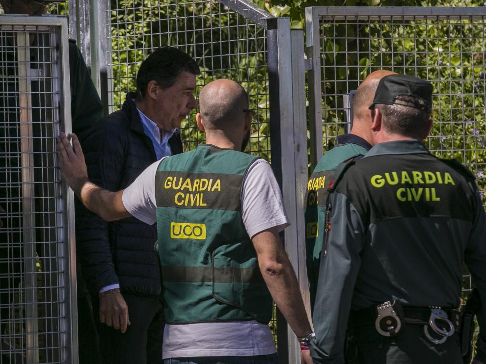 Ignacio González, siendo trasladado a la Audiencia Nacional.