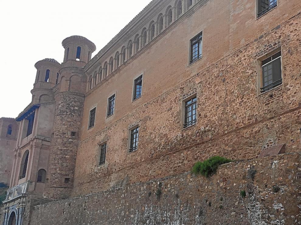 Fachada del Palacio de Pala Luna de Illueca, que alberga la hospedería y la sede comarcal.