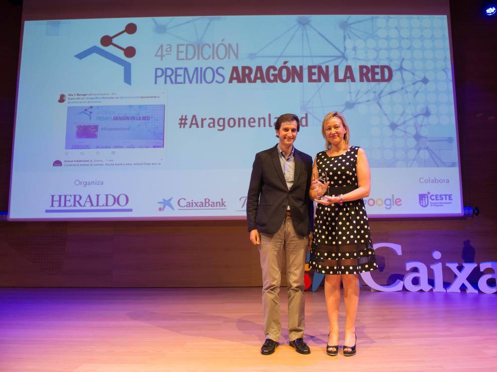 La consejera y presidenta de la APL, Marta Gastón, con Antonio Vargas, responsable de Asuntos Públicos de Google España.