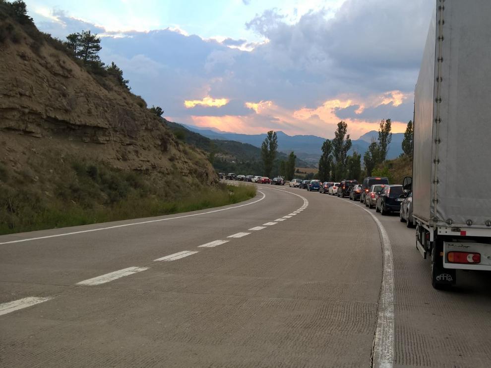 Tráfico lento en Monrepós.