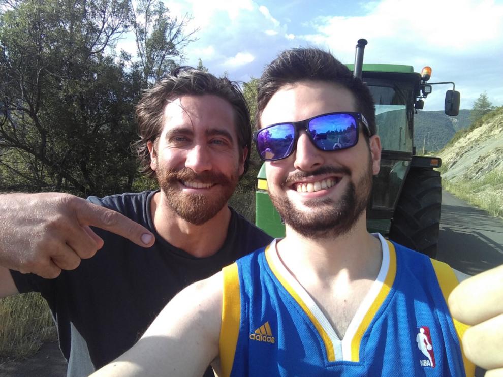 El twitero oscense @alex_oros29 con el actor y productor de cine estadounidense,Jake Gyllenhaal.