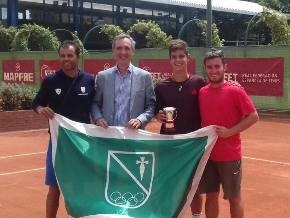 Alberto Colás, del Stadium Casablanca, se ha proclamado campeón de España júnior de tenis este sábado.