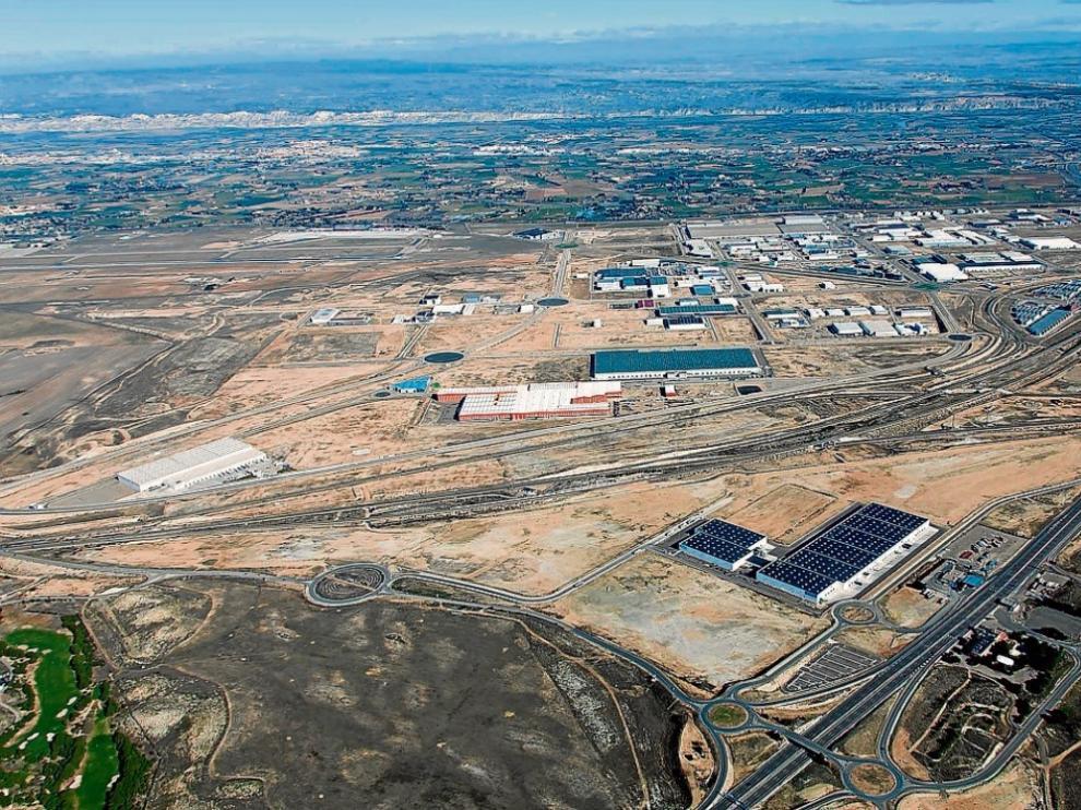 Vista área de la plataforma logística, que ocupa más de 1.300 hectáreas junto al aeropuerto.