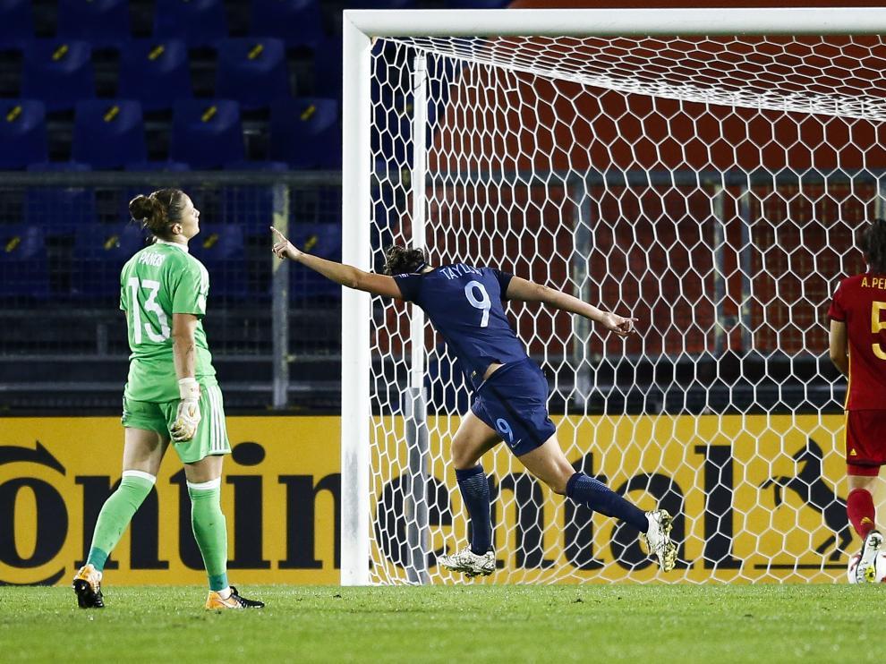 La selección inglesa venció por dos goles a cero