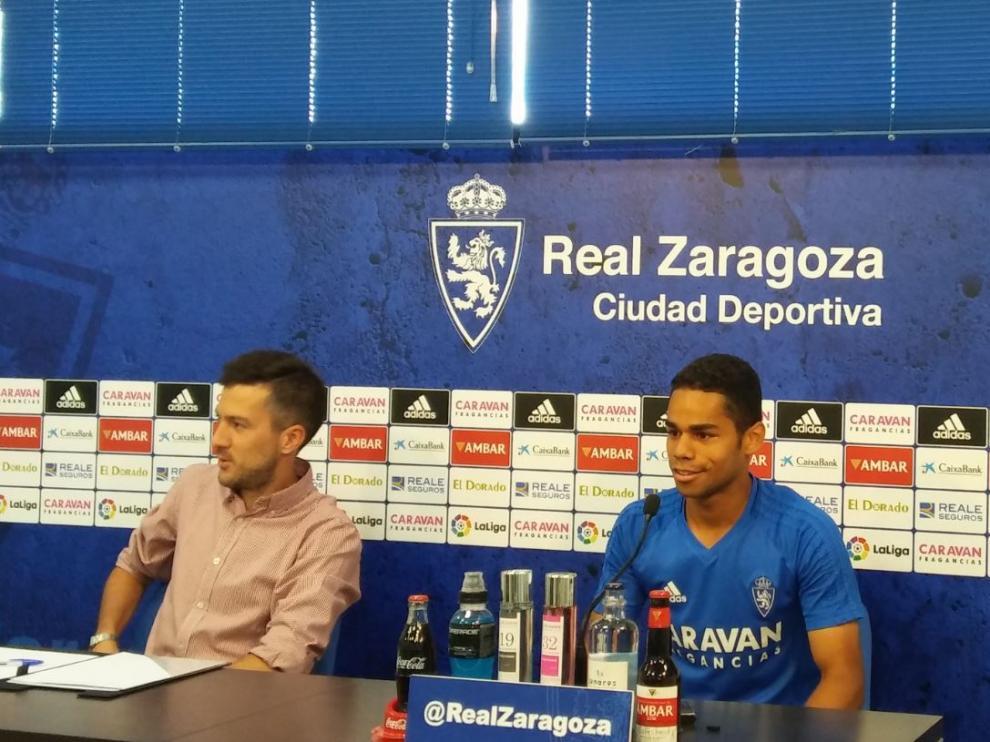 Raí Nascimento, en su primera rueda de prensa desde que llegó al Real Zaragoza, este lunes en la Ciudad Deportiva.