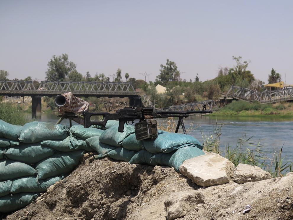 Las tropas iraquíes mantienen la zona cerrada y buscan a los últimos radicales en los túneles y recovecos.