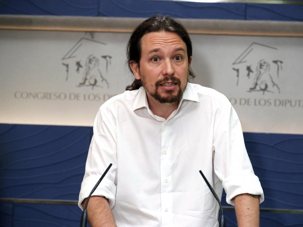 El líder de Podemos, Pablo Iglesias, en una rueda de prensa en el Congreso.