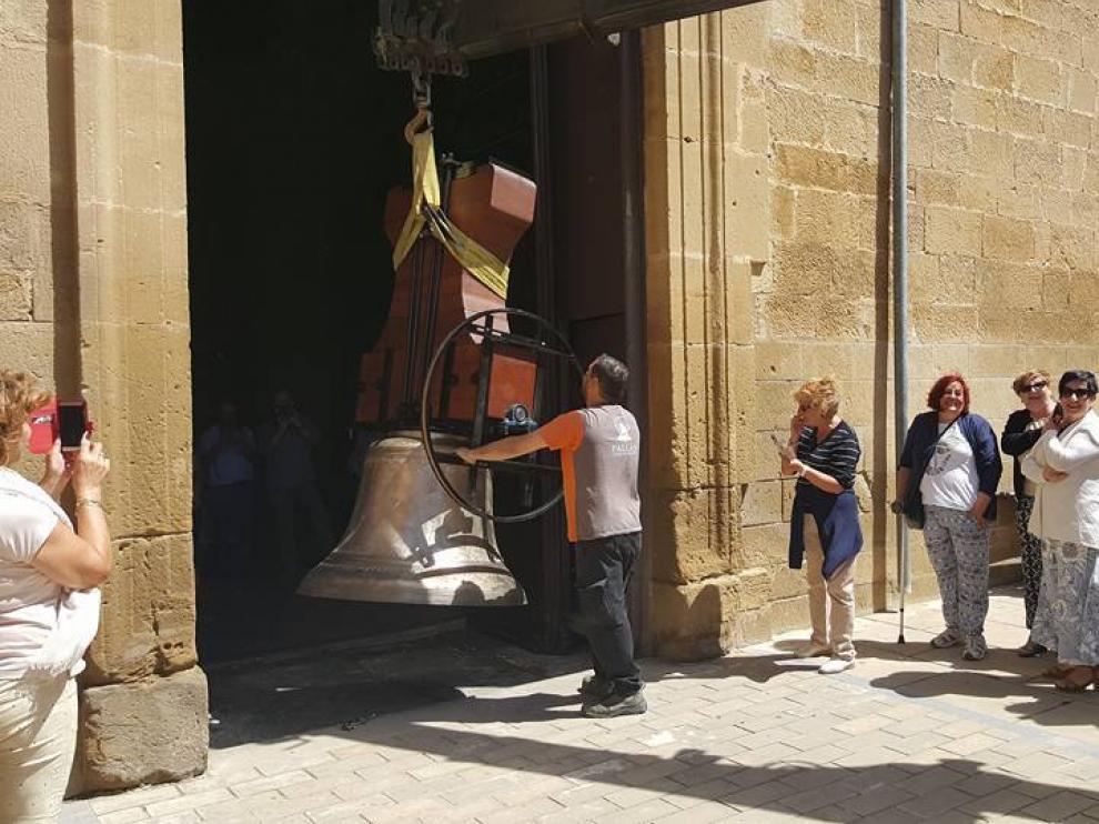 Llegada de las campanas de Sádaba a la localidad zaragozana.