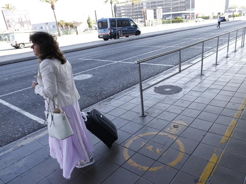 Huelga de taxis en el Aeropuerto del Prat.