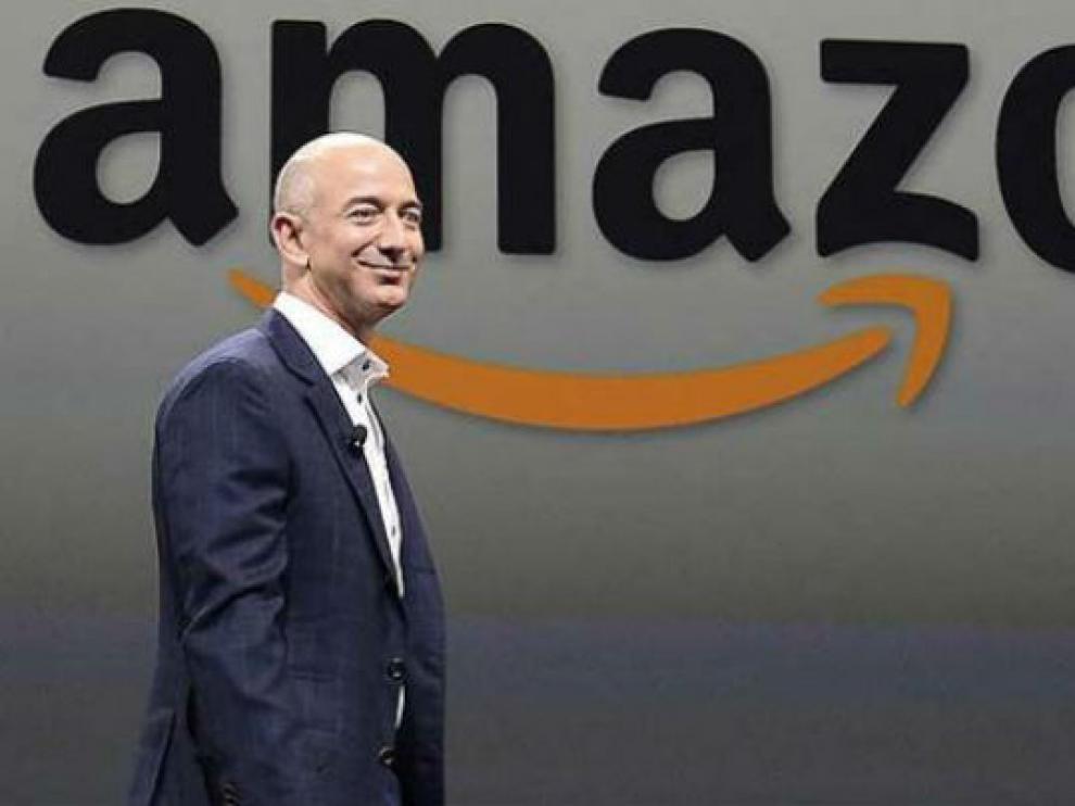 Jeff Bezos destrona a Bill Gates y se convierte en el más rico del mundo.
