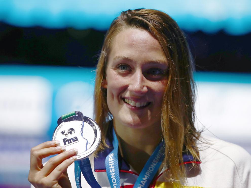 Mireia Belmonte celebra la plata este domingo en Budapest.