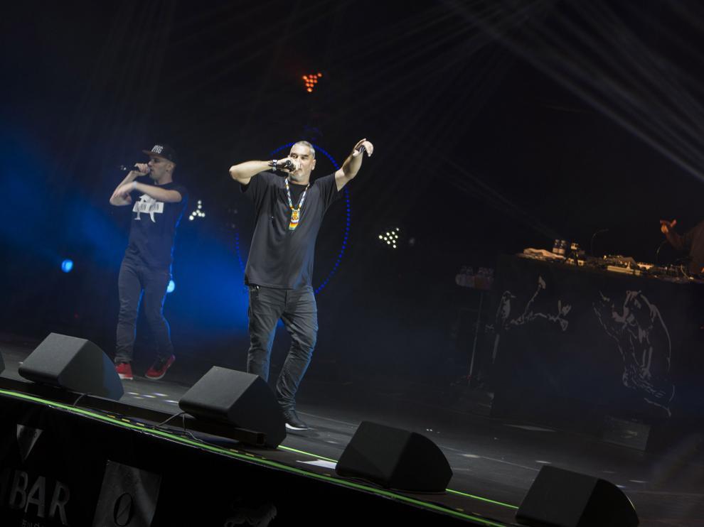 El público de Pirineos Sur se rindió la noche de este sábado a los ritmos del rapero zaragozano Kase.O.
