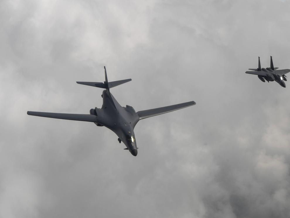 Trump vuelve a responder a Corea del Norte mandando bombarderos a la zona