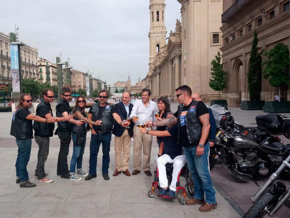 Estos moteros han concluido su gira en Zaragoza.