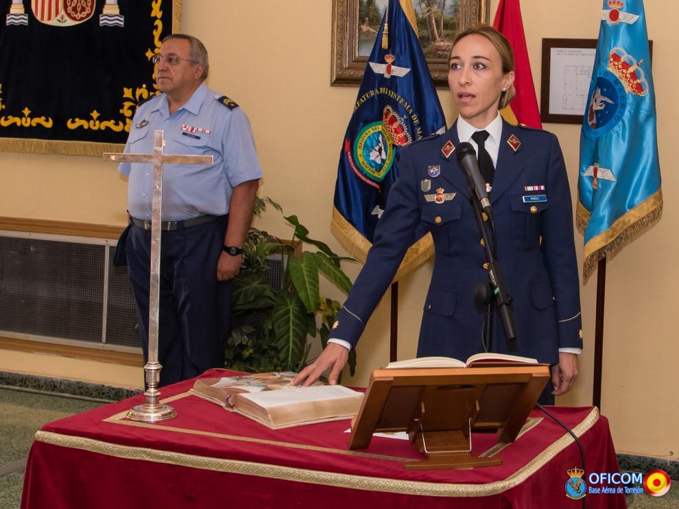 Una aragonesa, primera oficial del Ejército del Aire en asumir el mando de una unidad