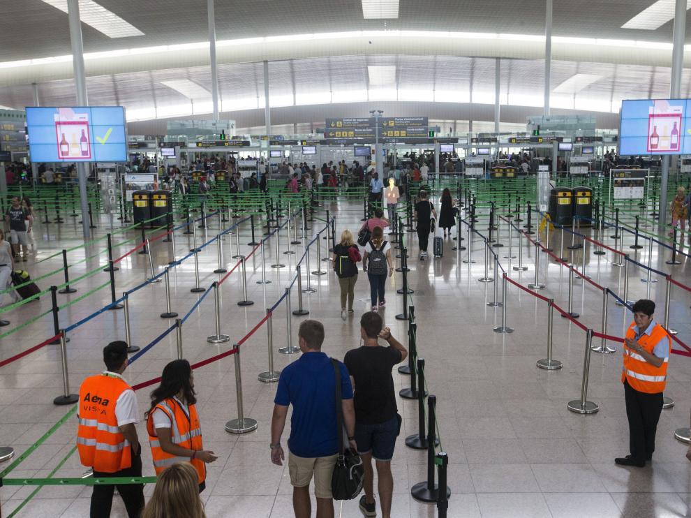 Desde el inicio de la huelga indefinida la normalidad es la nota más destacable en el aeropuerto.