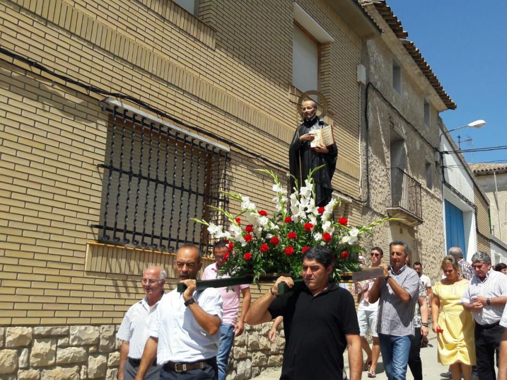 La imagen de San José de Calasanz recorrió las calles de Cofita.