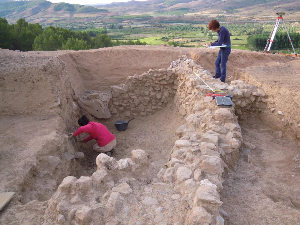 Los trabajos han incluido un área de excavación de un centenar de metros cuadrados del yacimiento.