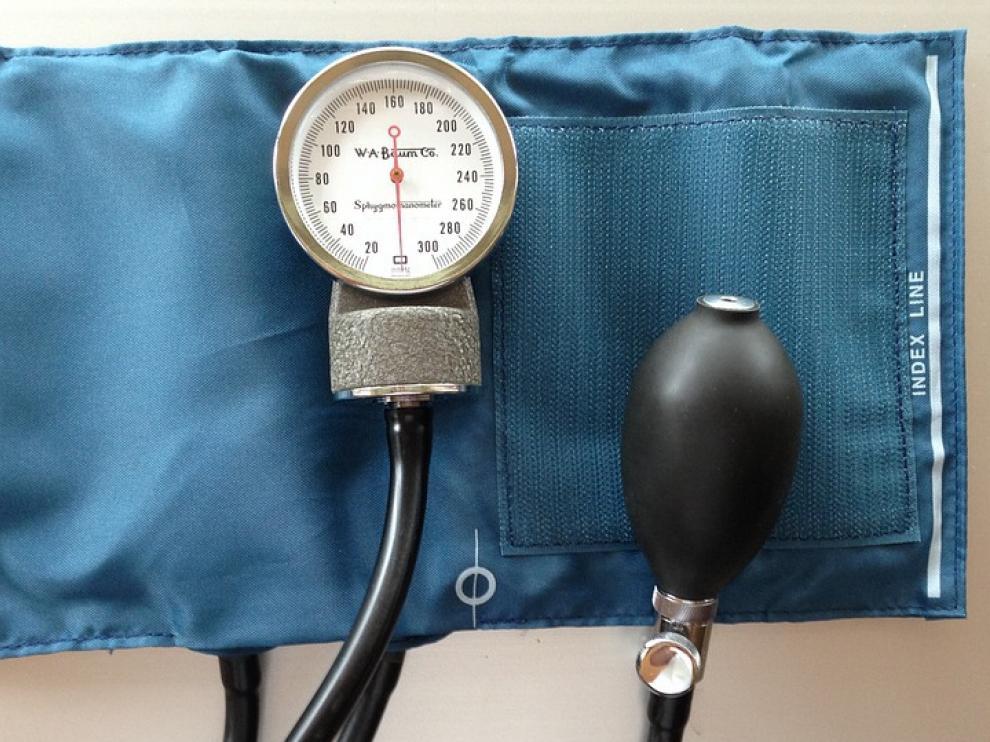 Presión arterial 140 s / 100s