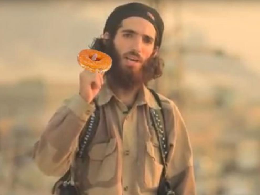 Meme de 'El cordobés', uno de los terroristas del vídeo en español del Dáesh.