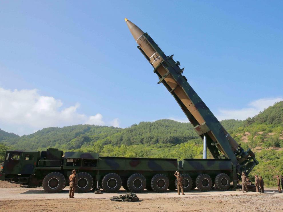 Fotografía de un misil intercontinental.