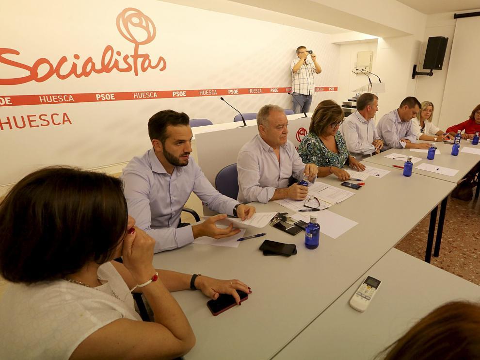La Comisión Ejecutiva Provincial, reunida ayer en la sede del PSOE de Huesca.
