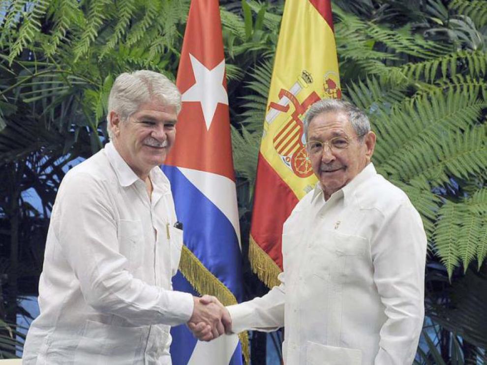 Raúl Castro con Dastis este miércoles.