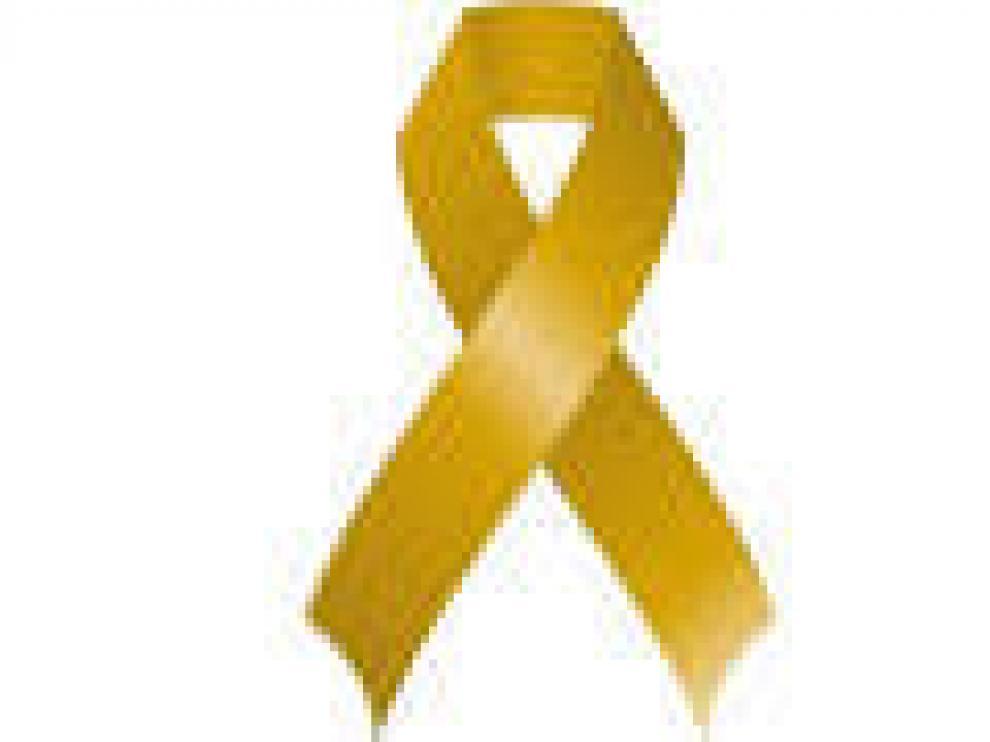 El lazo dorado, símbolo del cáncer infantil con el que dar visibilidad a la problemática a esta enfermedad.