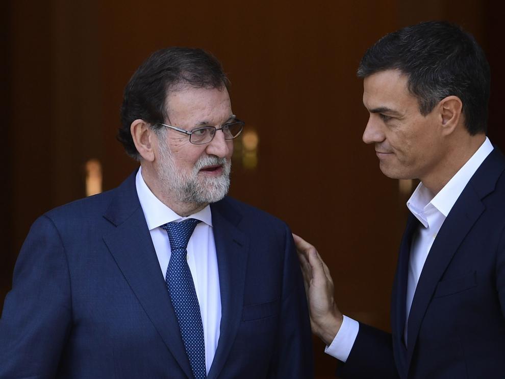 Rajoy y Sánchez en la Moncloa, en una foto de archivo.