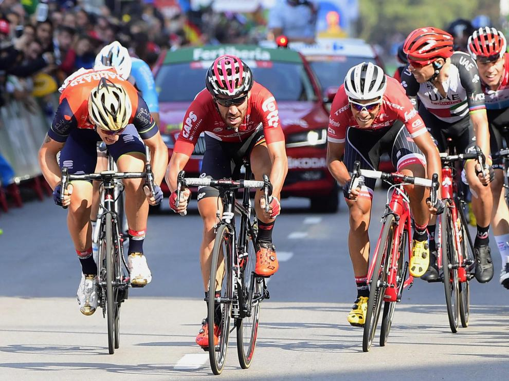 El ciclista belga ha cruzado primero la meta.