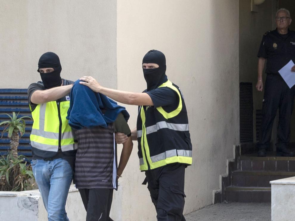 La Policía detuvo a seis personas pertenecientes a la célula yihadista