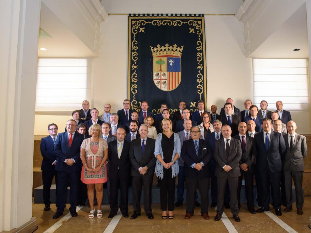 Foto de grupo de los integrantes del Clúster de la energía de Aragón.