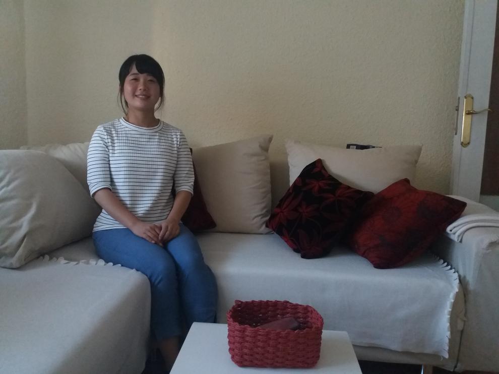 Yuka Oka en su casa de Zaragoza