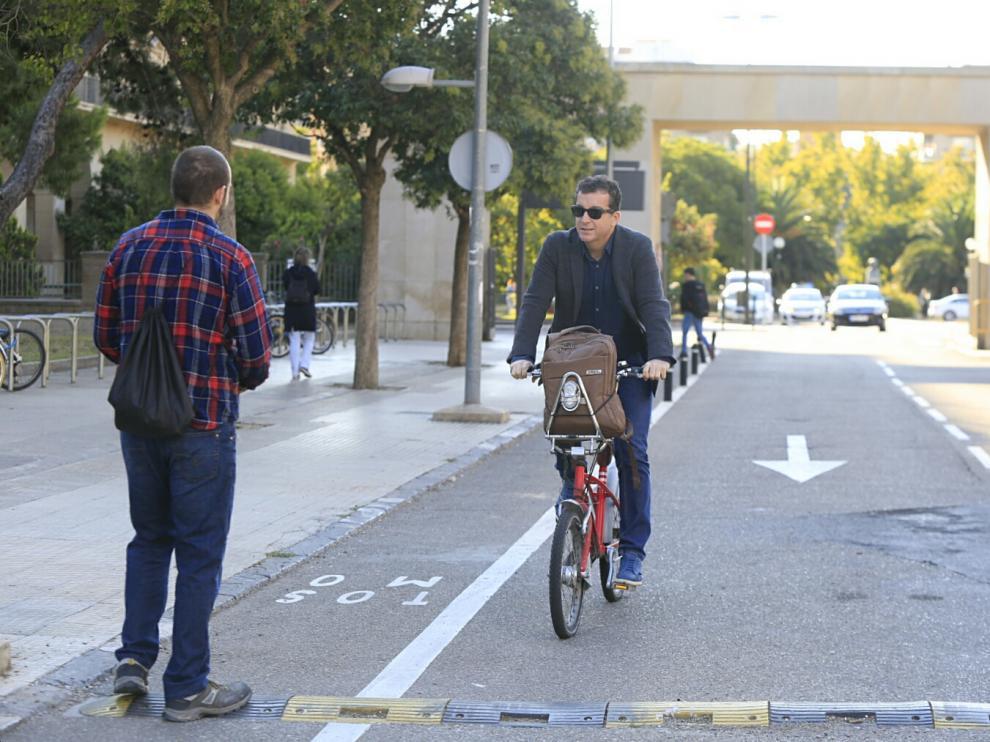 Ir en bicicleta a la Universidad tiene premio