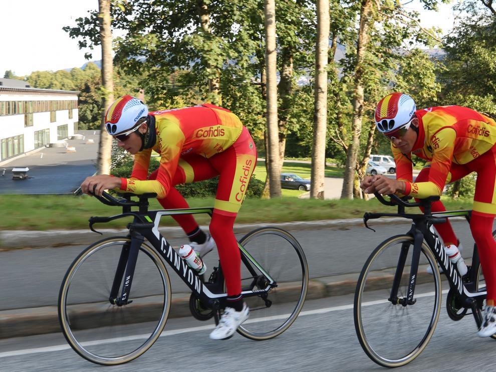 Castrillo y Samitier, durante un entrenamiento.