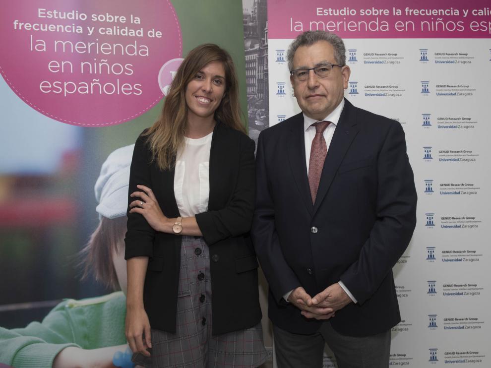En la foto, Cristina Julián y Luis Moreno, tras presentar el estudio este miércoles en Madrid.