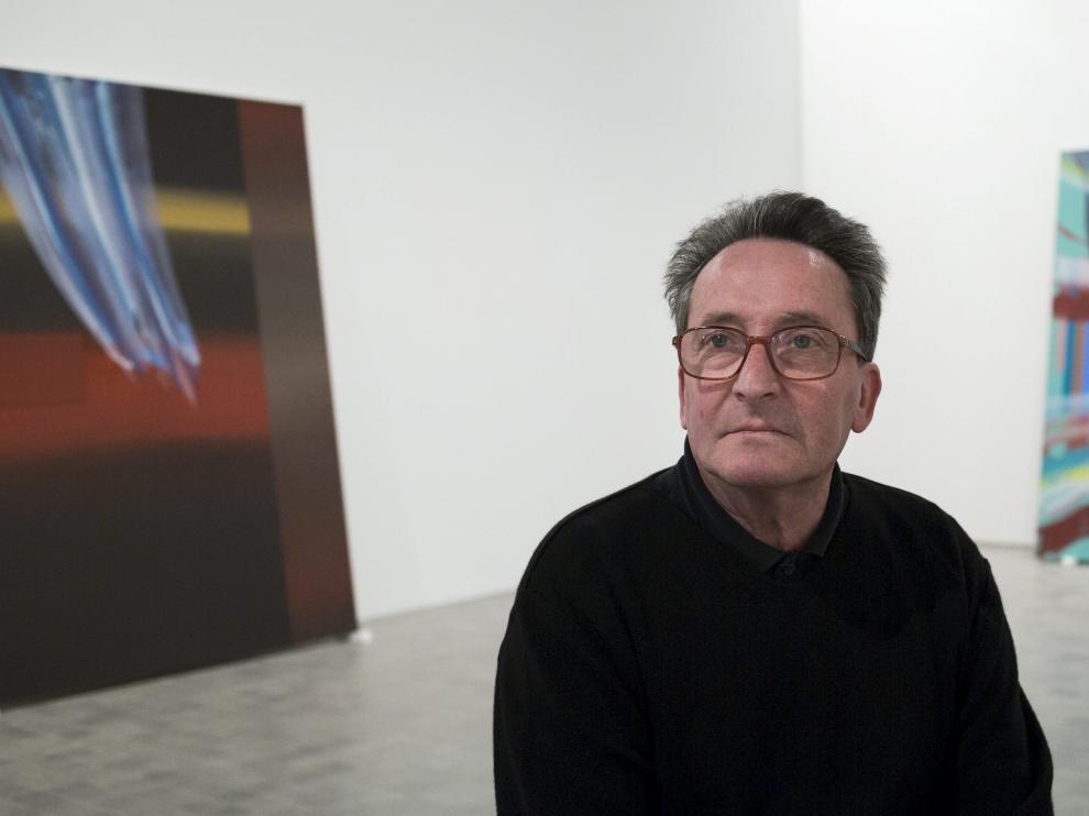 José Manuel Broto en el Museo Pablo Serrano, donde expuso su obra 'Color vivo', de la que siente orgulloso. Color y música.