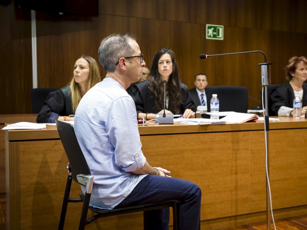 El condenado, Francisco Canela, durante la celebración del juicio en la Audiencia Provincial.